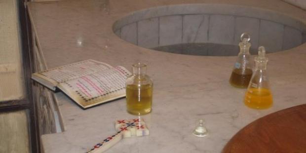 www st takla org holy mairoun oil n baptism 01